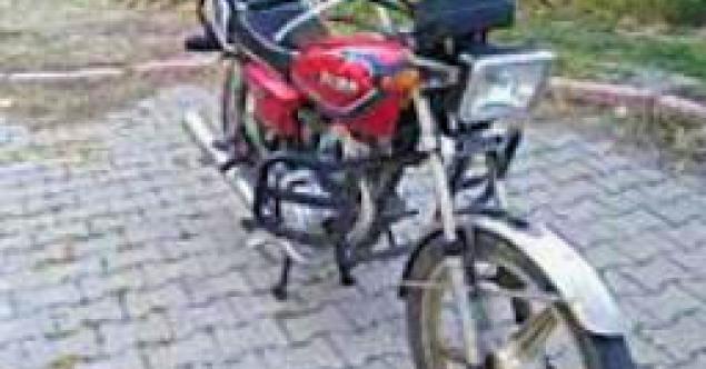 ÇALINAN MOTORSİKLET JASAT EKİPLERİ TARAFINDAN BULUNDU